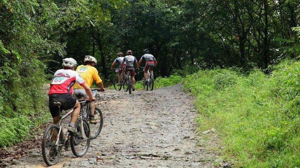 Kathmandu Valley Rim Biking Tour