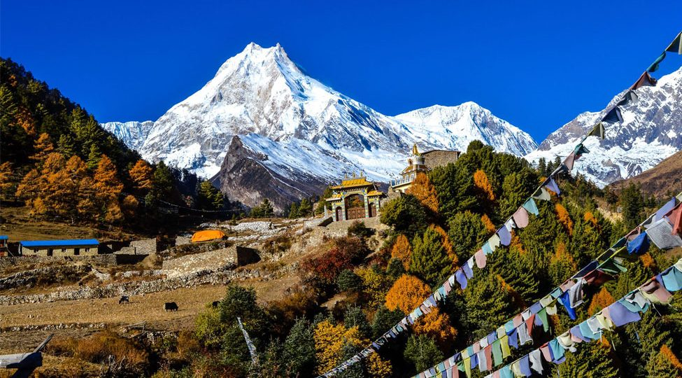 Manaslu Circuit Trek in November