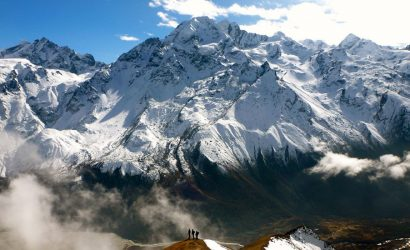 Top 7 reasons why we should hire a trekking agency in Nepal